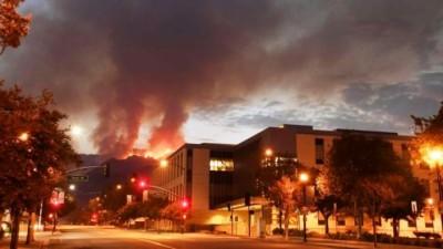 Amerika-Forest-Fire-1504489079.jpg