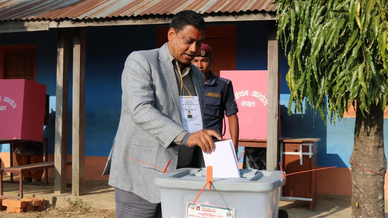 Indra-Baniya-Election-1512658482.JPG