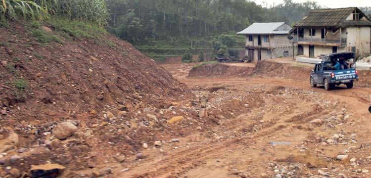 Dharan-hetauda-road-1533639702.jpg