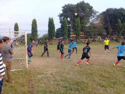 Football-1539271209.jpg
