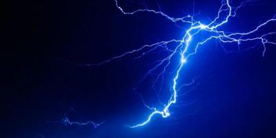 Lightning-1548474146.jpg